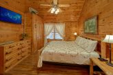 2 Bedroom Cabin with 2 Jacuzzi Tubs