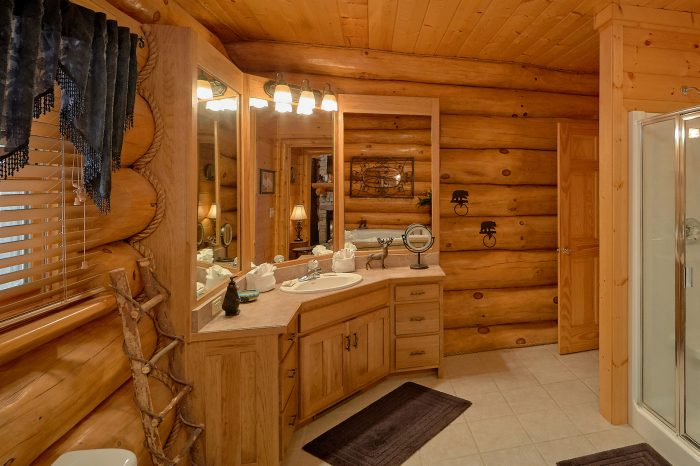 listing in cabin cabins pool htm forge pigeon rentals luxury gatlinburg saddle creek tn and