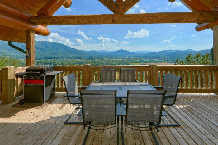 Breathtaking Views from Private 4 Bedroom Cabin - Lodge Mahal
