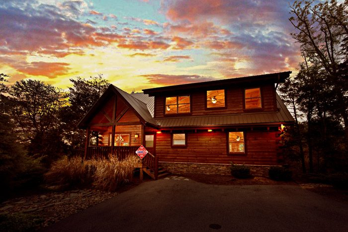 Lookout Bear Cabin Rental Photo