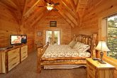 Cabin with Upstairs King Bedroom
