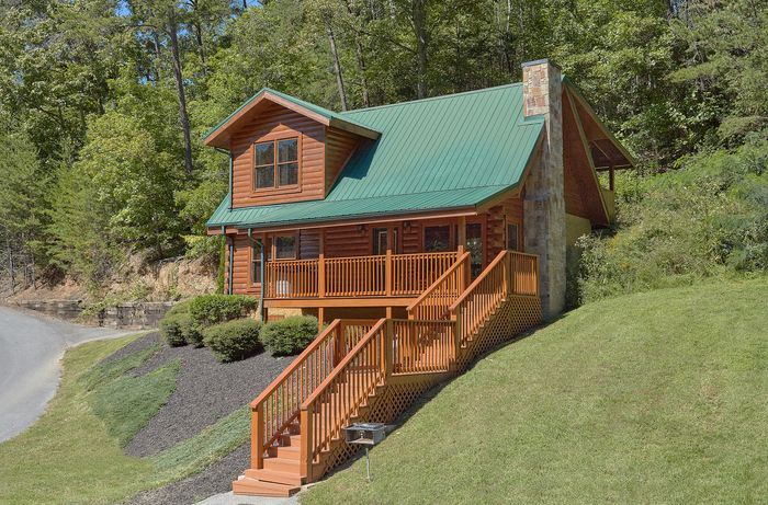Lovers Paradise Cabin Rental Photo