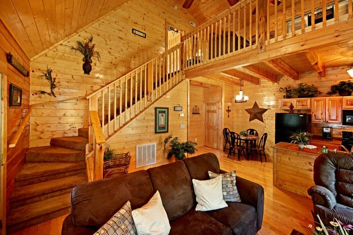 Decorated Cabin - Lovers Paradise