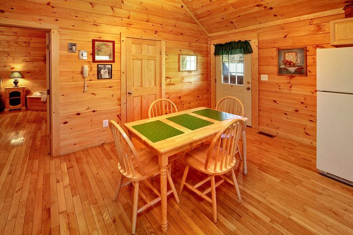 1 Bedroom Rustic Cabin Fully Furnished - It's About Time