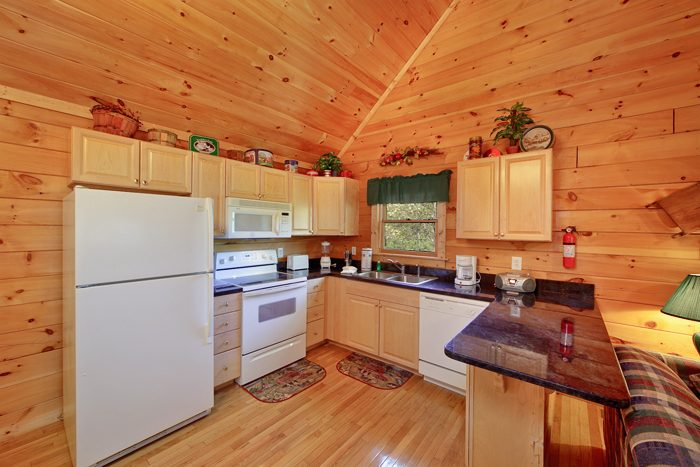 Pigeon Forge Cabin with Fully Furnished Kitchen - Ma and Pa's Place