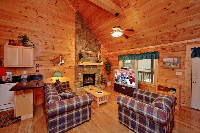 Cozy 1 Bedroom Cabin with a Flat Screen TV - It's About Time