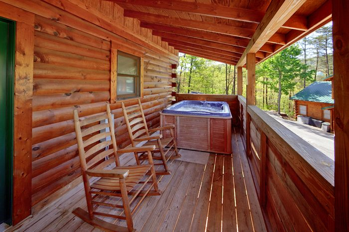 Smoky Mountain 1 Bedroom Cabin with Hot Tub - Ma and Pa's Place