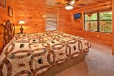 Pigeon Forge Cabin Rental with King Beds