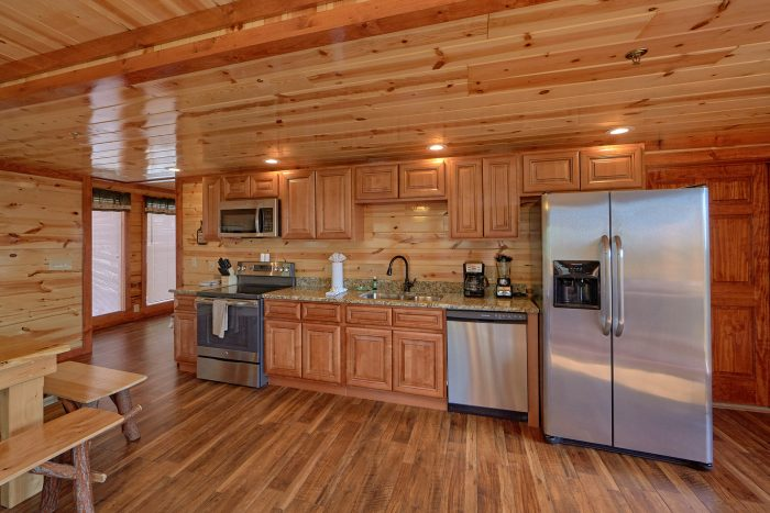 5 Bedroom Cabin with a Fully-Stocked Kitchen - Makin' Waves