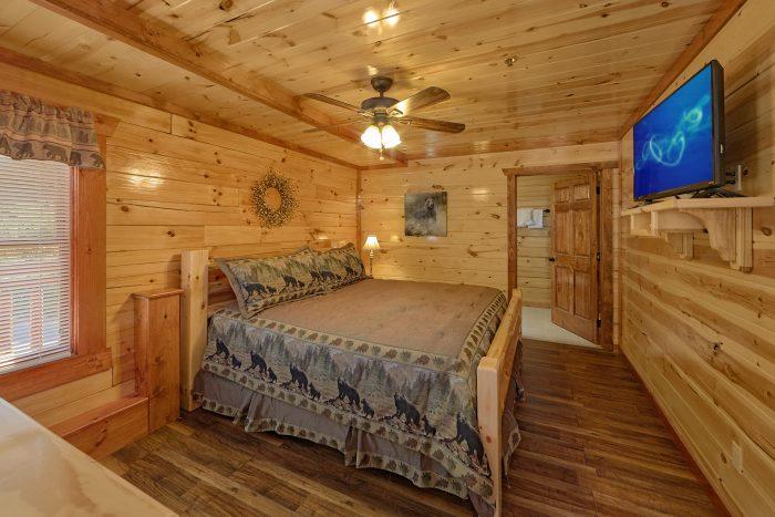 5 Bedroom Cabin with 5 Walk-In Showers - Makin' Waves
