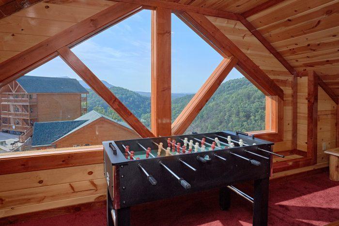 5 Bedroom Cabin with a Foosball Table - Makin' Waves