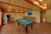 8 Bedroom Cabin with a Game Room