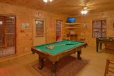 Cabin with Arcade Game, Pool Table and Game room