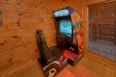 3 Bedroom Cabin with Arcade Game and Pool Table