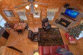 Luxury 2 Bedroom Cabin Sleeps 6 Near Dollywood
