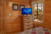 2 Bedroom Cabin main Floor Bedroom Sleeps 6