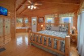 2 Bedroom Cabin Sleeps 6 with Master Bedroom