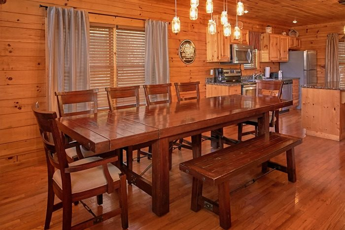 5 bedroom cabin with home media system - Moonshine Manor