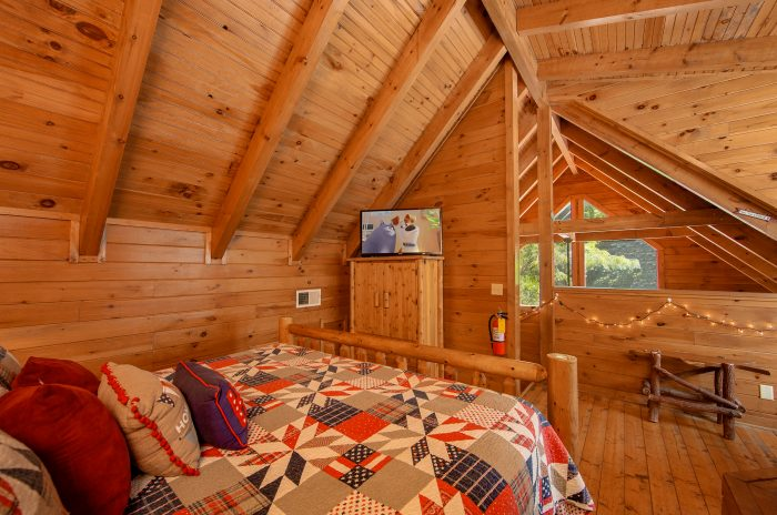 Cozy One Bedroom Cabin with Indoor Jacuzzi Tub - Moose Lake Lodge