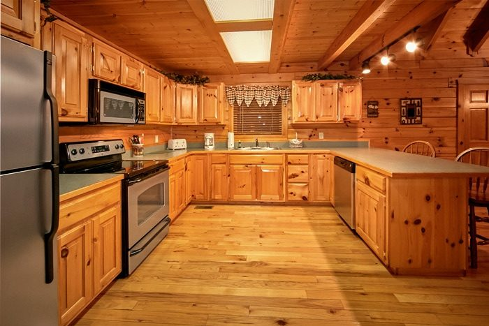Smoky Mountain cabin with full Kitchen - Moose Tracks