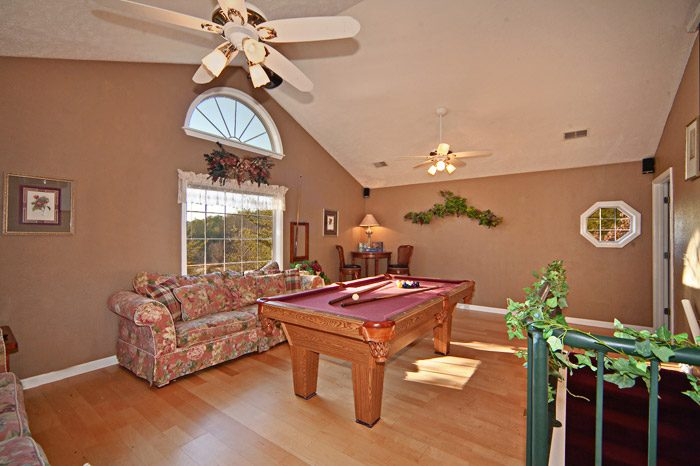 Game Room with Pool Table - Mountain Charm