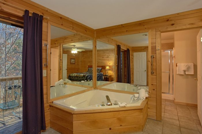 4 Bedroom Cabin with 2 Master Suites - Mountain Crest