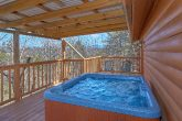 4 Bedroom Pigeon Forge Cabin with a Hot Tub