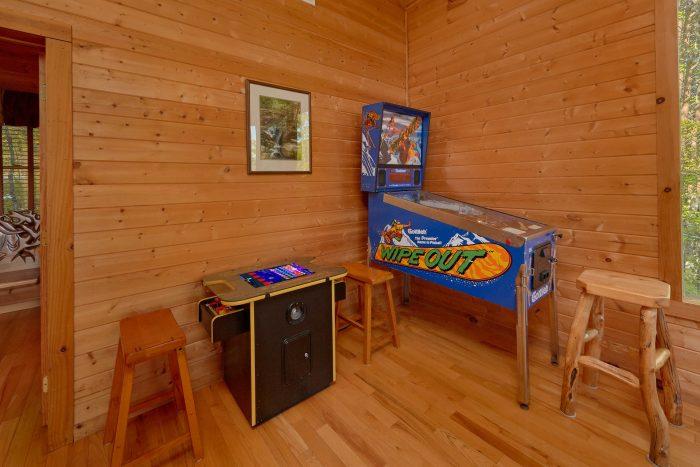 Smoky Mountain cabin with a Wrap-Around Deck - Mountain Glory
