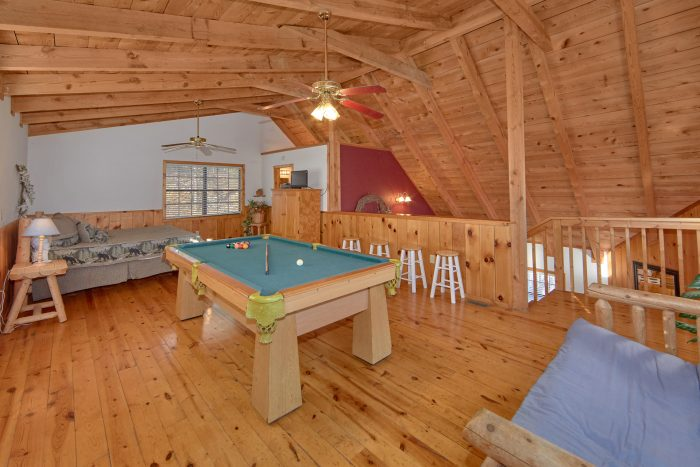 1 Bedroom 2 Bath Cabin with Game Room - Mountain Hideaway