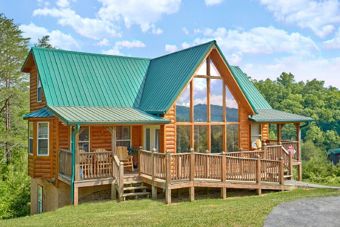 Mountain Majesty Cabin Rental Photo