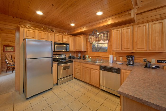 5 Bedroom Cabin Sleeps 11 with Beautiful Kitchen - Mountain Sunrise