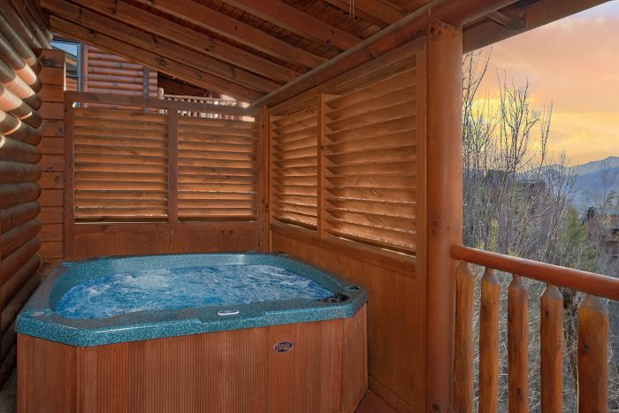 Private Hot Tub 5 Bedroom Cabin Sleeps 11 - Mountain Sunrise