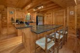 3 Bedroom Cabin with a Fully-Stocked Kitchen