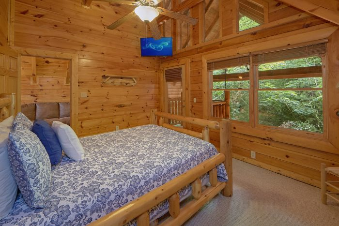 Pigeon Forge Cabin with 3 Bedrooms - Mountain Valley Dreams