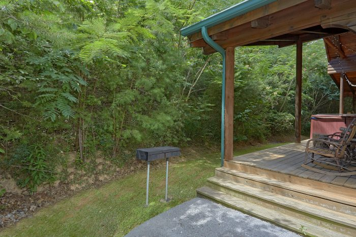 3 Bedroom Cabin with a Park Grill - Mountain Valley Dreams