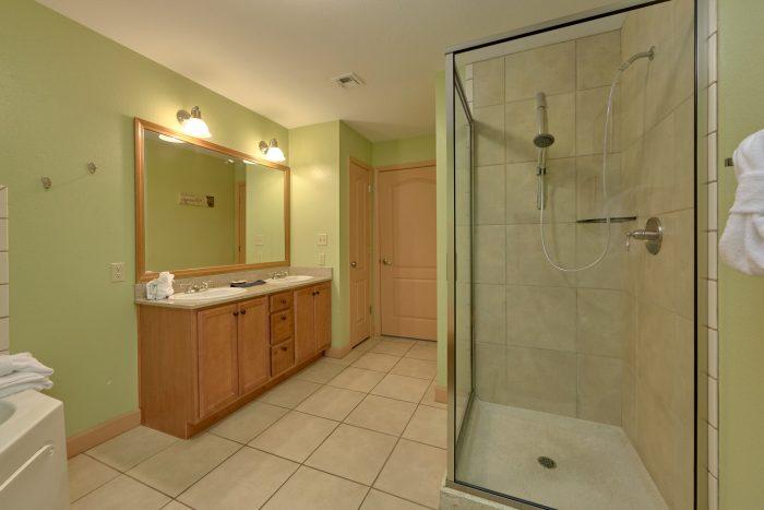 Premium Condo with private bath and Jacuzzi - Mountain View 5305
