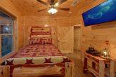 8 Bedroom Pool Cabin with Queen Beds