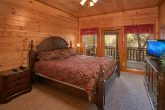 8 Bedroom Cabin with Master Suites