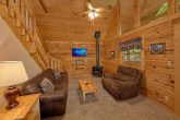 1 Bedroom Cabin with Fireplace in Living room