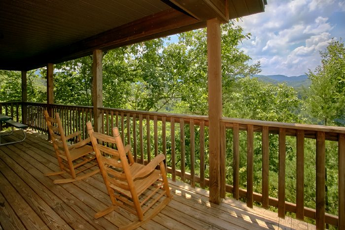 2 Bedroom Cabin with Views from the Deck - Mtn Memories- Kimbles