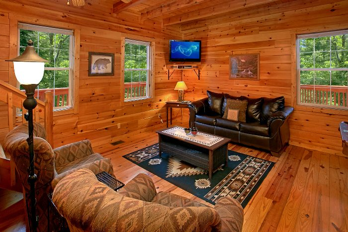 4 Bedroom cabin with Pool Table and Game Room - Natures Dream