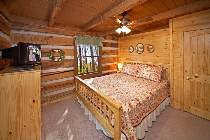 Cabin with Queen Bed - Natures Heart