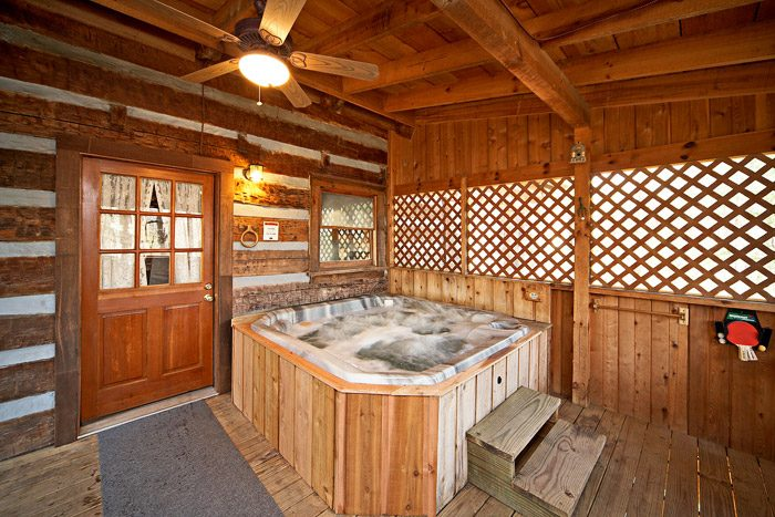 Cabin with Private Hot Tub - Natures Heart