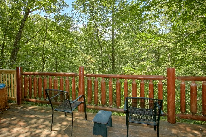Cabin with Wooded Views and Private Deck - Naughty Pines