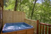 Private 1 Bedroom Cabin with Secluded Hot Tub