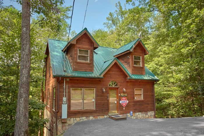 Naughty Pines Cabin Rental Photo
