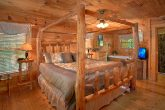 Honeymoon Cabin with Luxurious King Bed