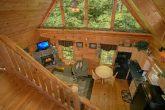 Private 2 Story Cabin with Loft and Pool Table