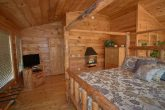 Cabin with Spacious Master Suite and Bath