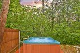 Honeymoon cabin with Hot Tub